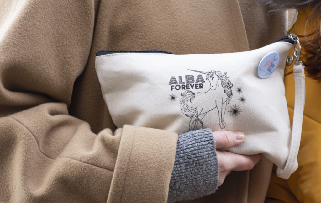 All Purpose Clutch_Alba Forever_model 01_web sized